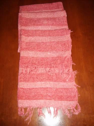 bufanda de rayas dif.rosados muy linda!! sintética