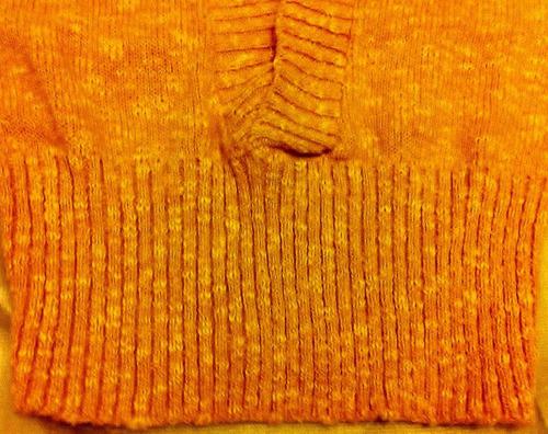 chaleco de mujer nuevo talla m de lana mostaza escote en v