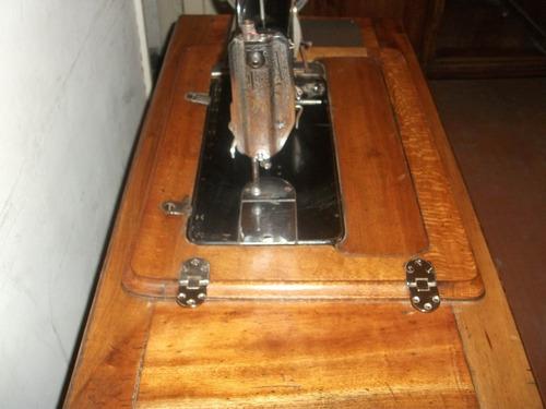 coser antigua maquina