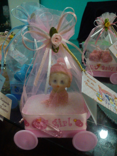 recuerdos cochesitos con figuritas bautizo, baby shower